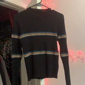 Black and colorful turtleneck long sleeve